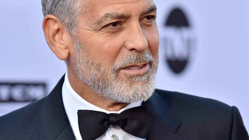 HOLLYWOOD, CA - JUNE 07:  Actor George Clooney arrives at the American Film Institute's 46th Life Achievement Award Gala Trib
