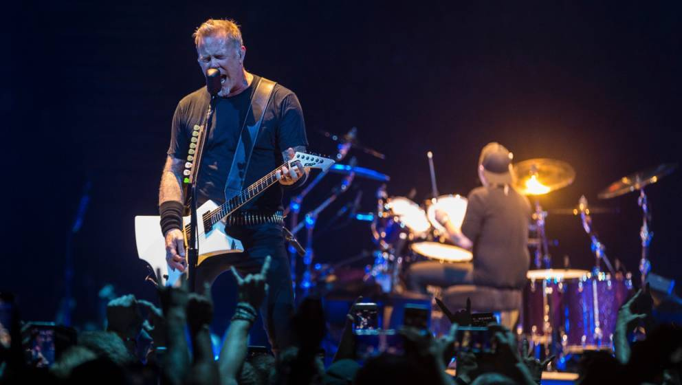STOCKHOLM, SWEDEN - MAY 07: James Hetfield of Metallica performs during their 'WorldWired' tour at the Ericsson Globe Arena o