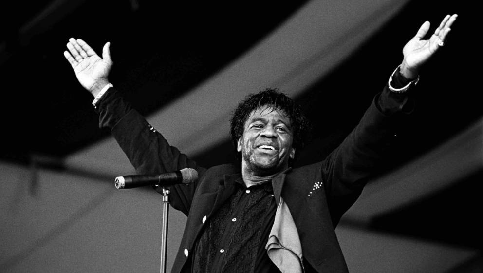Al Green performing at the New Orleans Jazz and Heritage Festival in New Orleans, Louisiana on May 4, 1995. (Photo by Ebet Ro