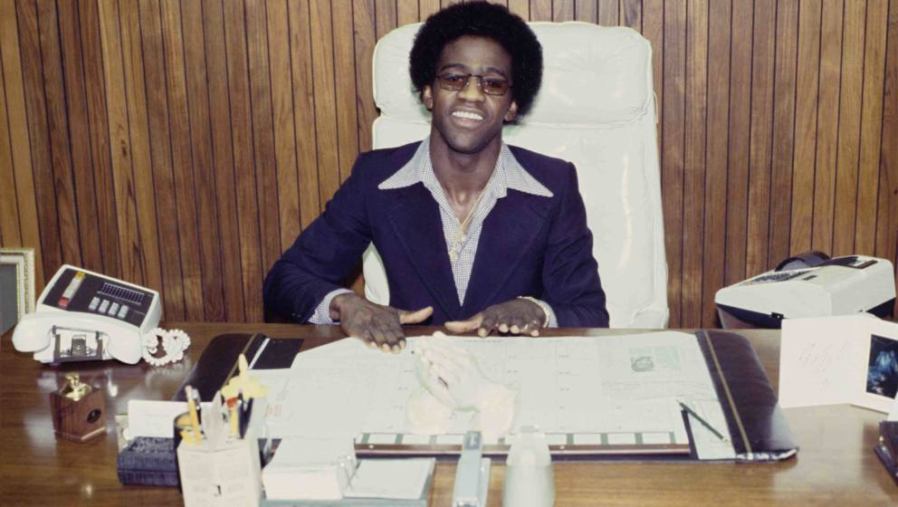 Al Green in his office in Memphis, Tennessee on January 8, 1978. (Photo by Ebet Roberts/Redferns)