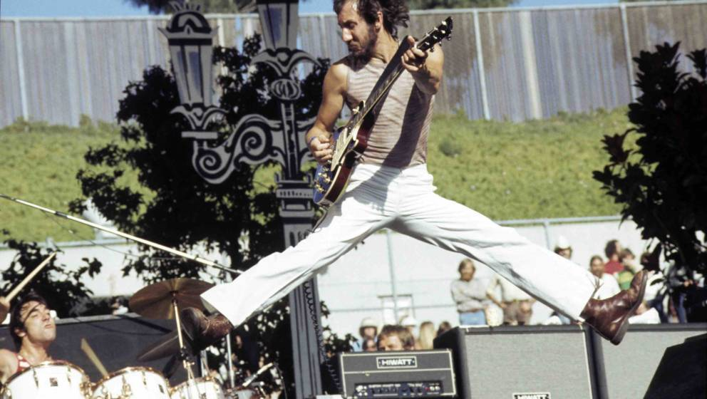OAKLAND - 1976:  L-R Keith Moon and Pete Townshend of The Who perform live at The Oakland Coliseum in 1976 in Oakland, Califo