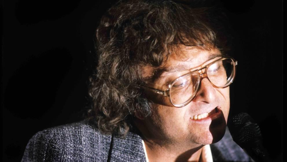 Randy Newman, Koningin Elisabethzaal, Antwerpen, Belgium, 19/05/1987. (Photo by Gie Knaeps/Getty Images)