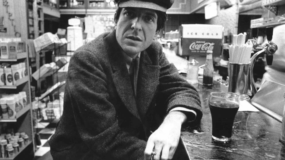 NEW YORK, NY - CIRCA 1968: Canadian poet, singer-songwriter and novelist Leonard Cohen poses for a portrait in a diner in New