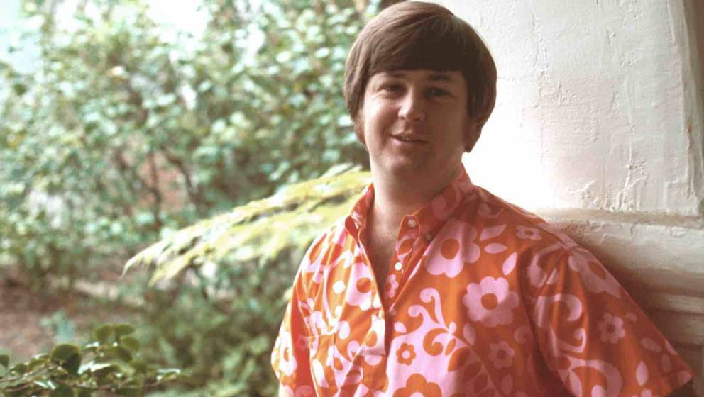 LOS ANGELES - 1968:  Band leader Brian Wilson of the rock and roll band 'The Beach Boys' poses for a portrait in 1968 in Los