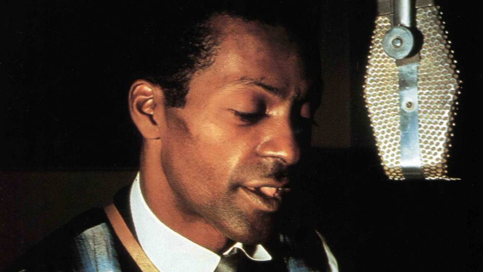 UNSPECIFIED - JANUARY 01:  (AUSTRALIA OUT) Photo of Chuck BERRY; Chuck Berry In recording studio  (Photo by GAB Archive/Redfe