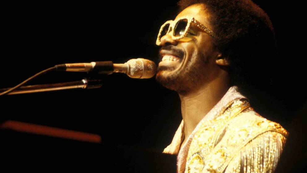Stevie Wonder performs on stage at Madison Square Garden, New York, December 1979. (Photo by Michael Putland/Getty Images)