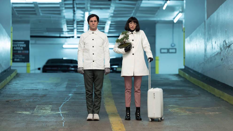 """In der Netflix-Serie """"Maniac"""" bekommt Emma Stone mysteriöse Pillen gegen Herzschmerz und Schizophrenie verabreicht."""