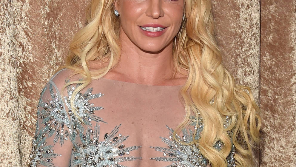 LOS ANGELES, CA - FEBRUARY 11:  Britney Spears attends Pre-GRAMMY Gala and Salute to Industry Icons Honoring Debra Lee at  Th