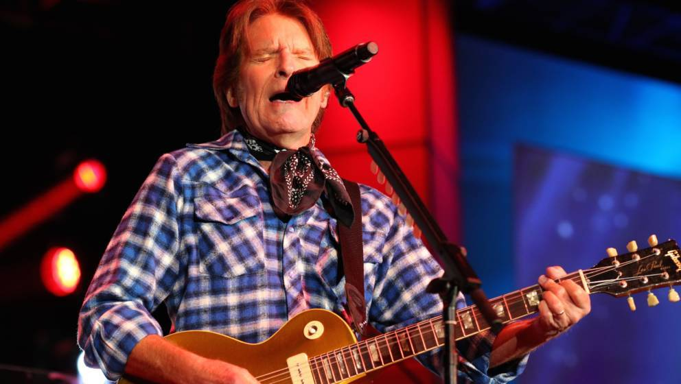 ST PAUL, MN - JULY 16: John Fogerty performs at the 2017 Starkey Hearing Foundation So the World May Hear Awards Gala at the