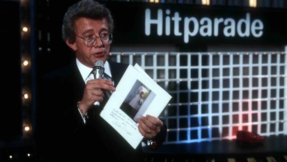 Dieter Thomas Heck, 183. und letzte Sendung der ZDF-Show 'Hitparade' am 10.11.1984 in Berlin, Deutschland. (Photo by Peter Bi