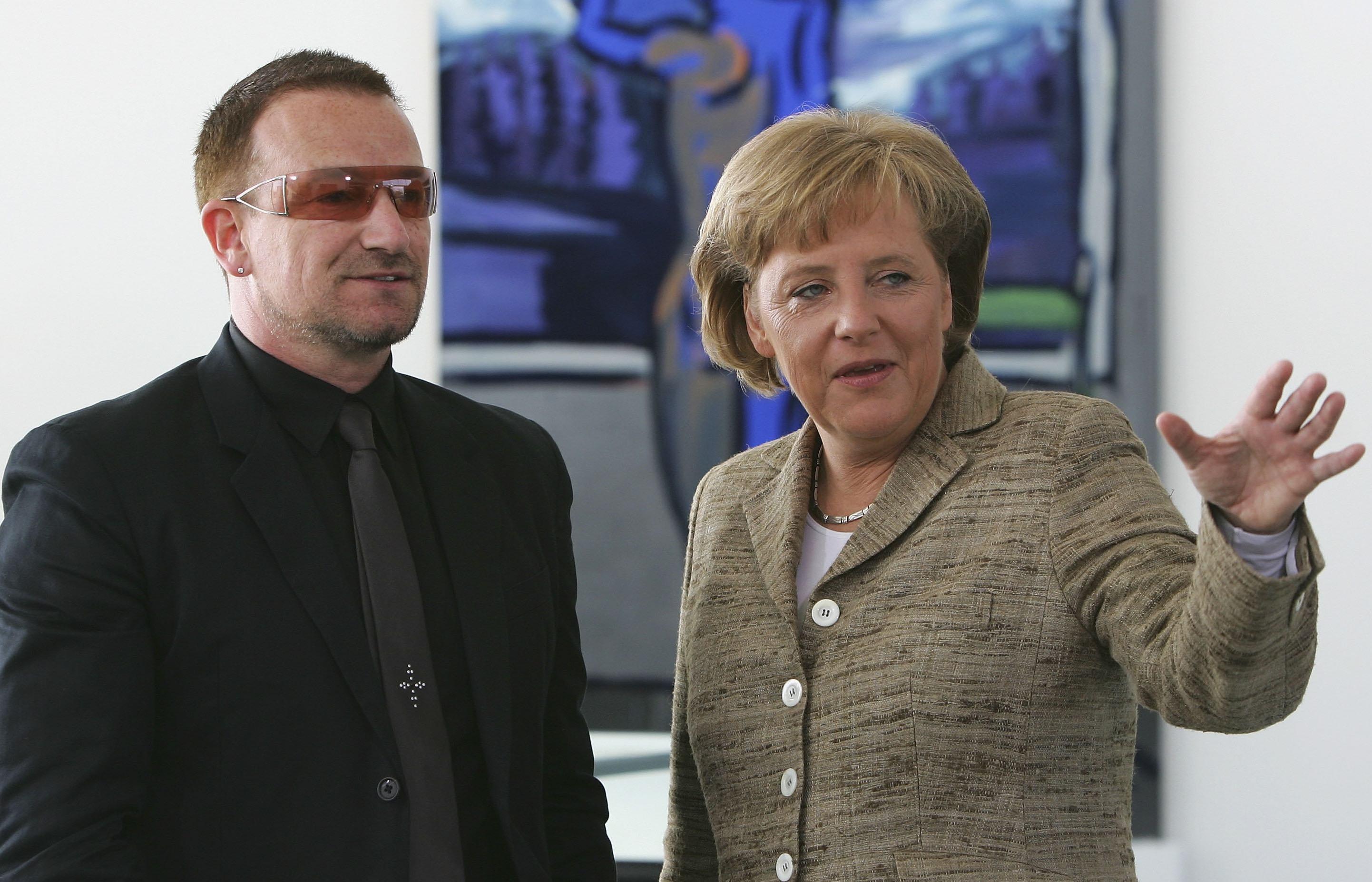 Angela Merkel und Bono von U2 im Jahr 2007