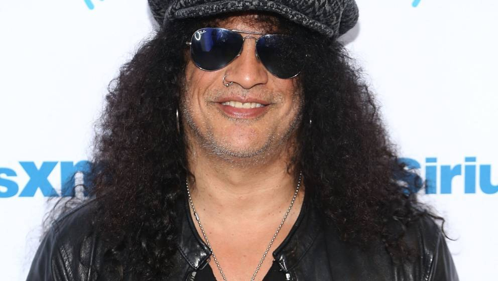 NEW YORK, NY - AUGUST 20:  Musician and songwriter Slash visits the SiriusXM Studios on August 20, 2018 in New York City.  (P