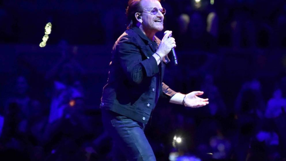 NEW YORK, NY - JULY 01:  Bono of U2 performs on stage during the 'eXPERIENCE & iNNOCENCE' tour at Madison Square Garden o