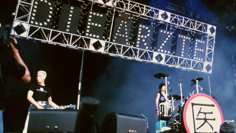 NUREMBERG, GERMANY: Farin Urlaub and Bela B of Die Arzte performs on stage at Rock Im Park c 1988 in Munich, Germany. (Photo