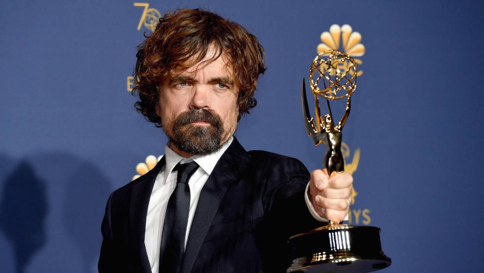 LOS ANGELES, CA - SEPTEMBER 17:  70th ANNUAL PRIMETIME EMMY AWARDS -- Pictured: Peter Dinklage poses with the Outstanding Sup