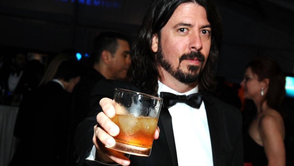 BEVERLY HILLS, CA - FEBRUARY 26:  Musician Dave Grohl attends CIROC Vodka at 20th Annual Elton John AIDS Foundation Academy A