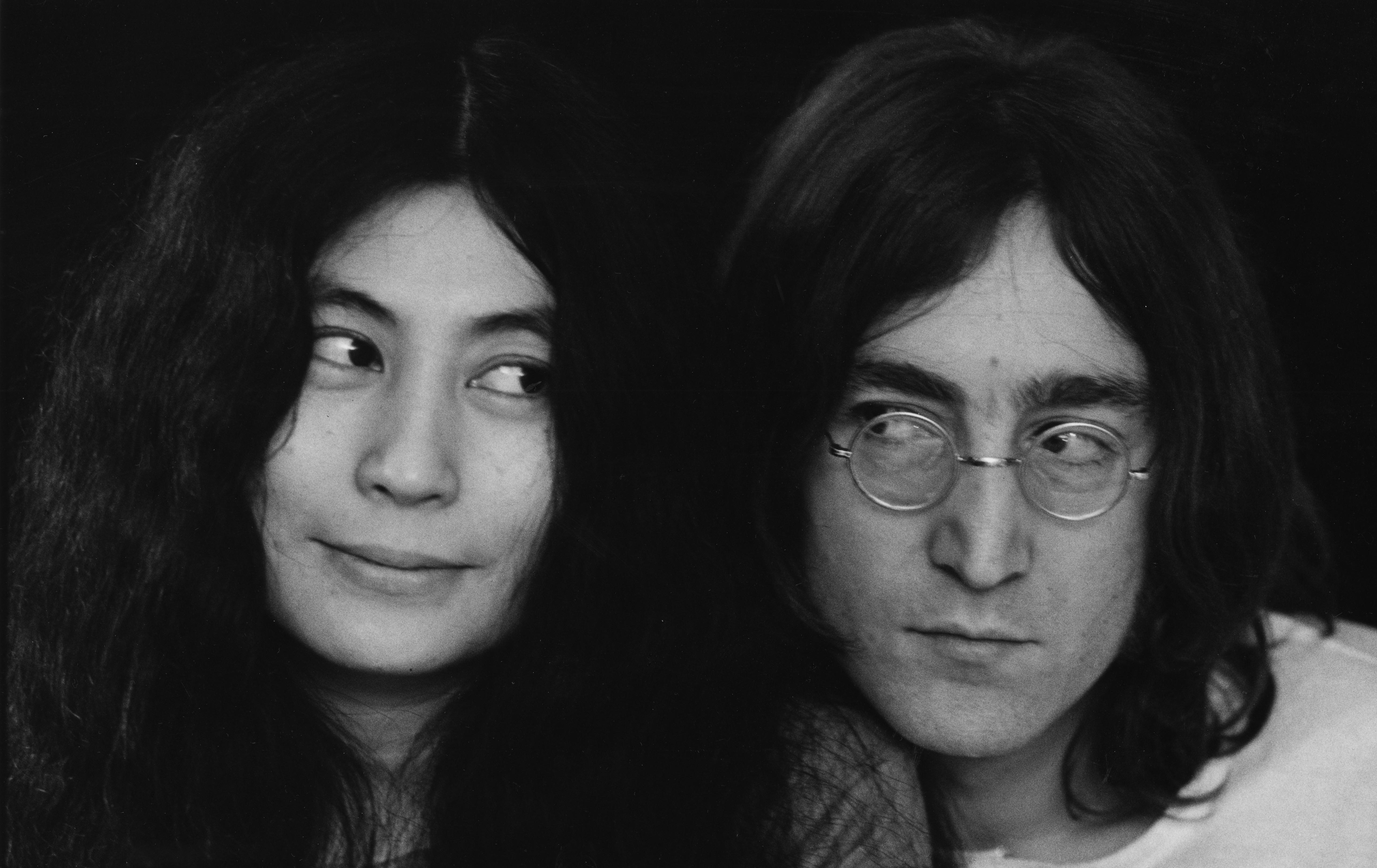 Yoko Ono: Emotionales Statement zum Todestag von John...