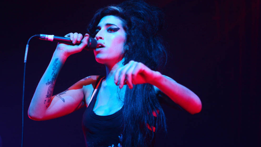 Amy Winehouse during Amy Winehouse in Concert at The Ambassador - March 2, 2007 in Dublin, Ireland. (Photo by Phillip Massey/
