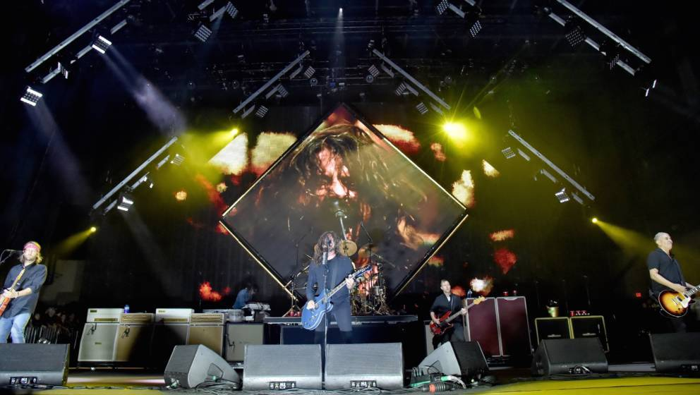 SAN BERNARDINO, CA -OCTOBER 6:  Dave Grohl of the Foo Fighters performs during Cal Jam 18 at the San Manuel Amphitheater on O