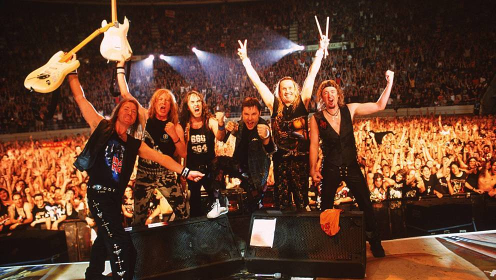 SPAIN - NOVEMBER 02:  PALACIO VISTALEGRE  Photo of Janick GERS and IRON MAIDEN and Steve HARRIS and Dave MURRAY and Bruce DIC