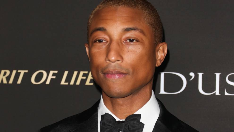 LOS ANGELES, CA - OCTOBER 11:  Recording Artist Pharrell Williams  attends the City Of Hope Gala on October 11, 2018 in Los A