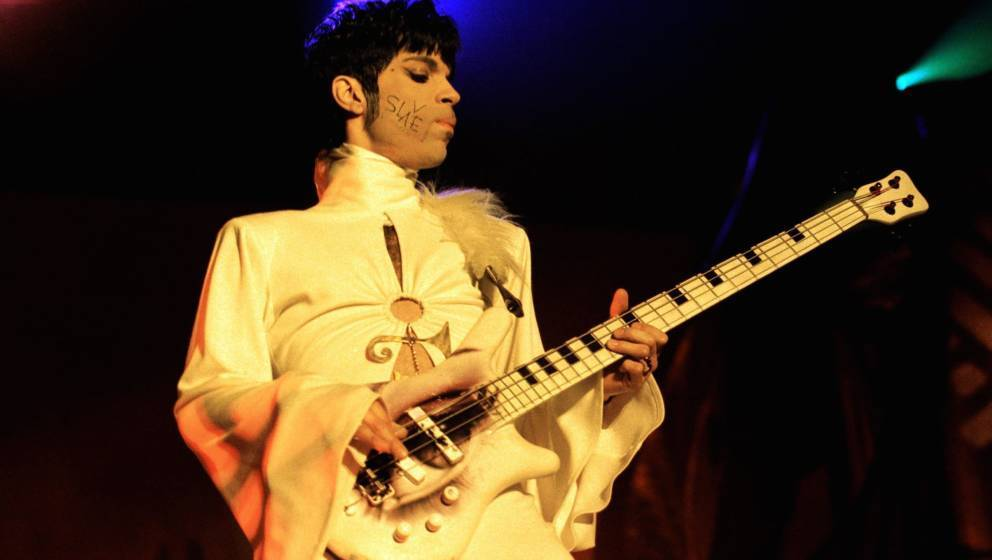 NETHERLANDS - MARCH 25:  Photo of PRINCE; Prince performing on stage - The Ultimate Live Experience Tour  (Photo by Paul Berg