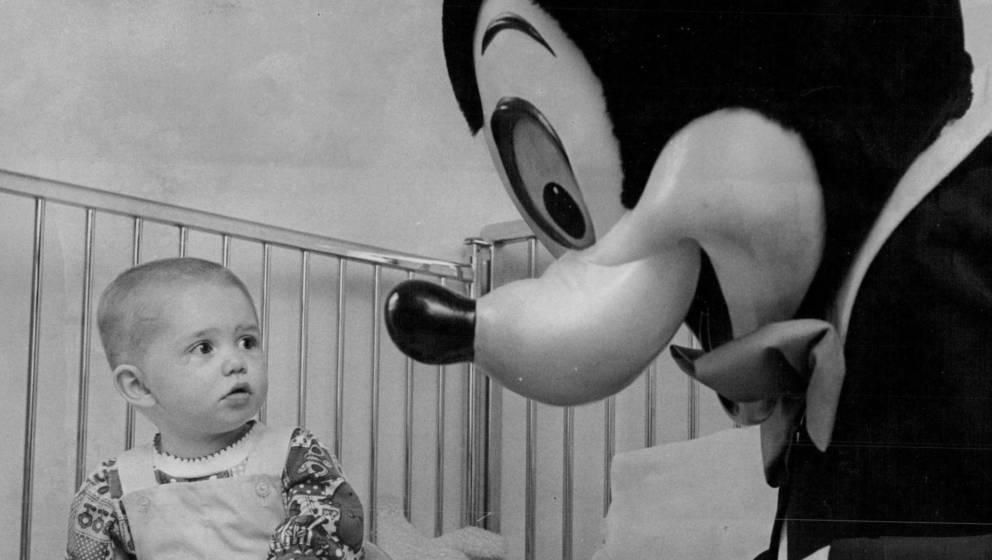 Micky Maus kennt die ganze Welt - und doch gibt es genügend, was über die berühmte Zeichentrickmaus kaum bekannt ist