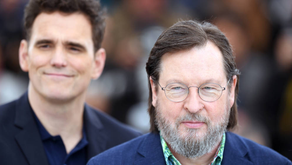 CANNES, FRANCE - MAY 14:  Actor Matt Dillon (L) and director Lars von Trier attends 'The House That Jack Built' Photocall dur
