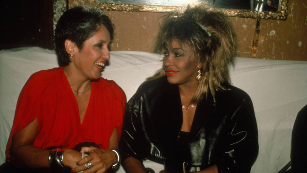 NEW YORK, NY - CIRCA 1985: Joan Baez and Tina Turner circa 1985 in New York City. (Photo by Robin Platzer/IMAGES/Getty Images