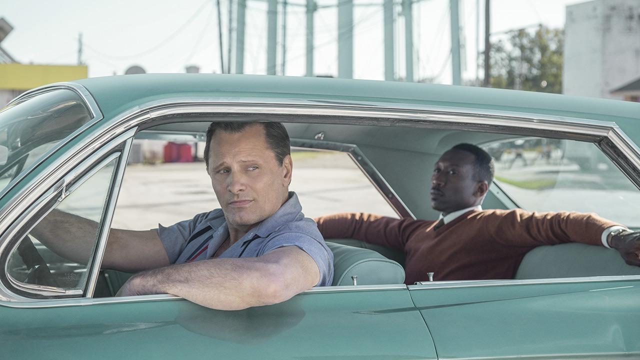 ony Lip (Viggo Mortensen) und Dr. Don Shirley (Mahershala Ali) im Auto