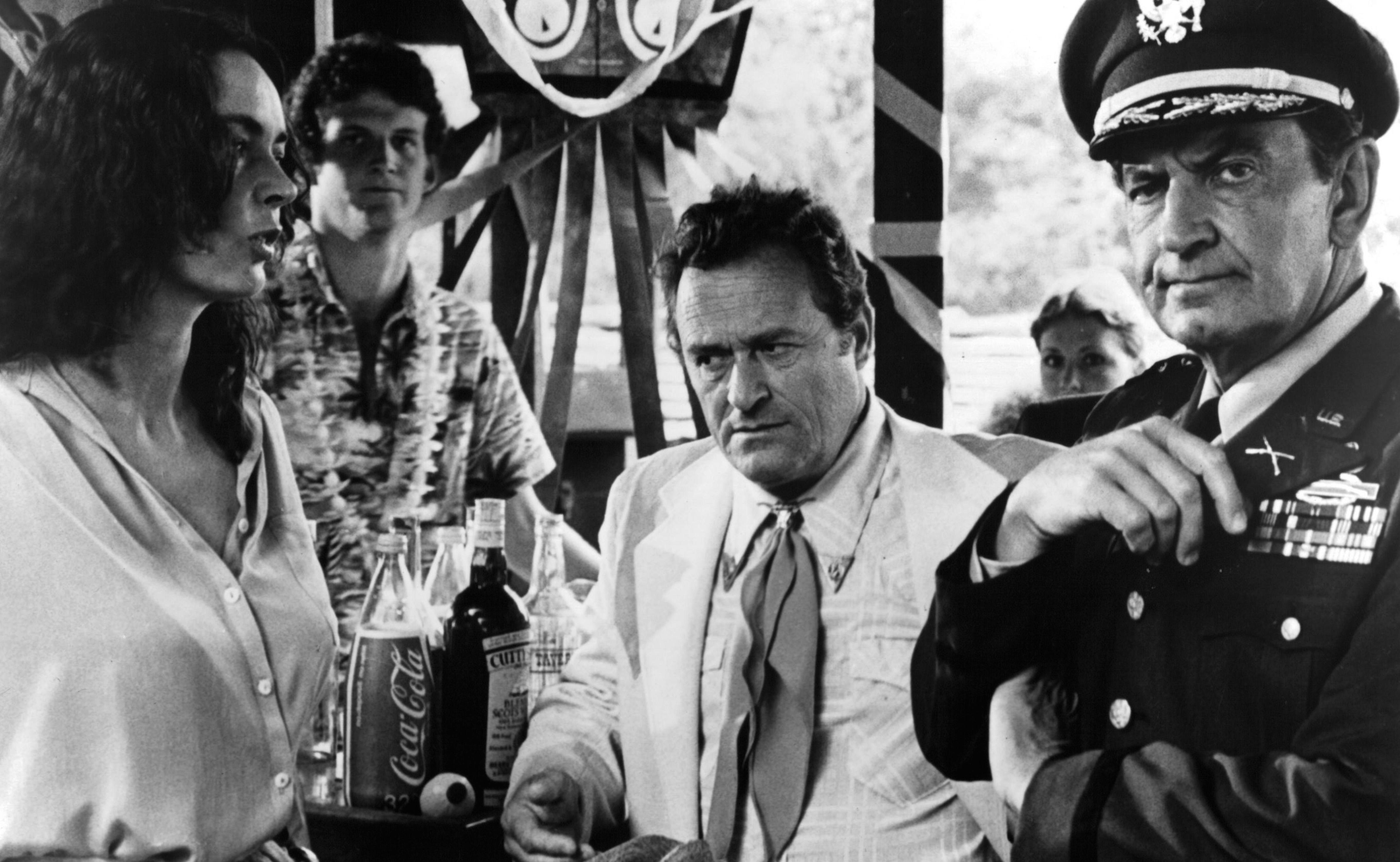 "Barbara Steele, Dick Miller und Bruce Gordon in Joe Dantes ""Piranhas"""