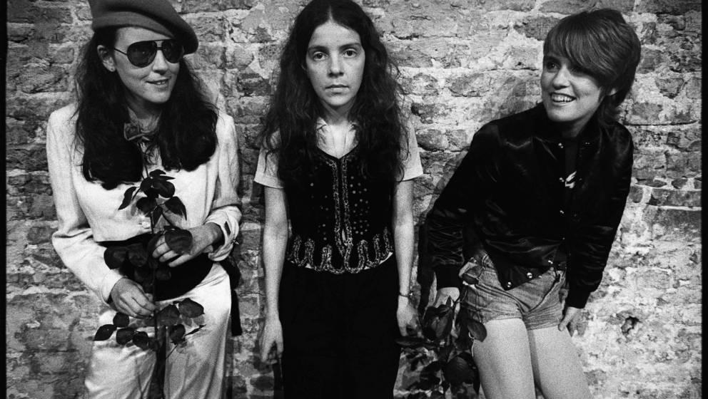 The Roches, F.L.T.R: Suzzy Roche, Maggie Roche & Terre Roche,  Waagtheater, Delft, 30-5-1980, Foto Rob Verhorst Foto Rob