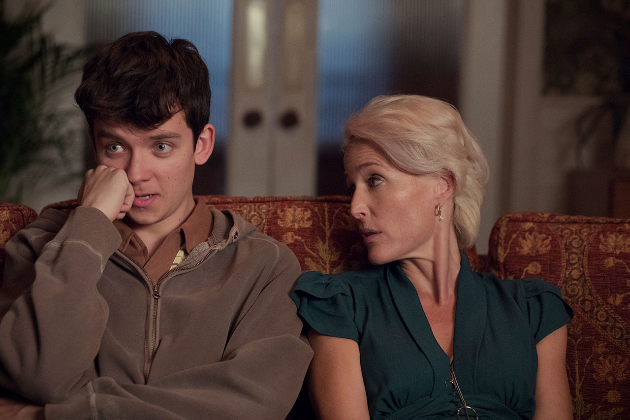 "Asa Butterfield und Gillian Anderson in ""Sex Education"""