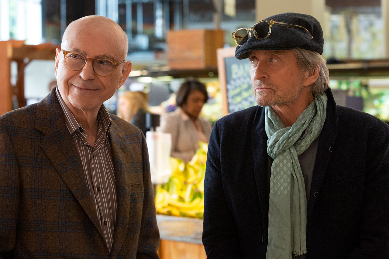 "Alan Arkin und Michael Douglas in ""The Kominsky Method"""