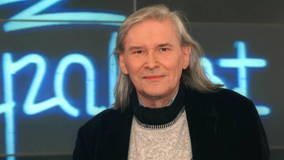 Peter Rüchel (* 9. März 1937 in Berlin; † 20. Februar 2019[1] in Leverkusen)