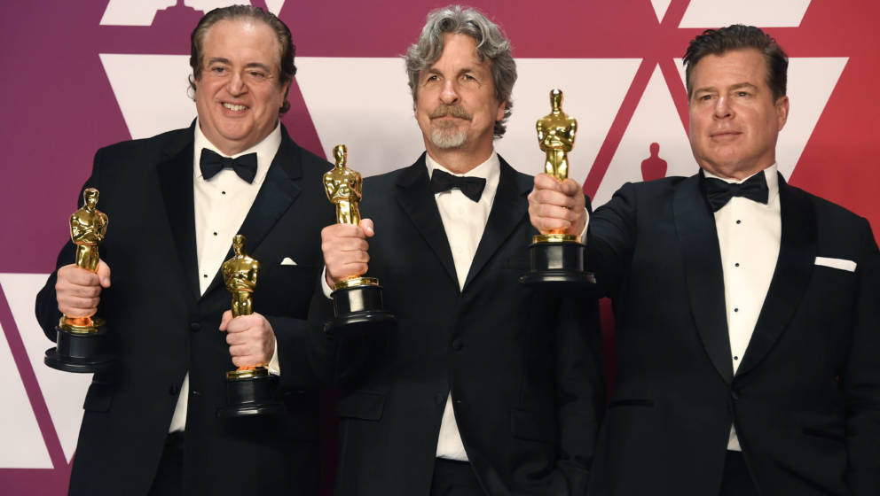 HOLLYWOOD, CALIFORNIA - FEBRUARY 24: (L-R) Nick Vallelonga, Peter Farrelly and Brian Currie, winners of Best Picture and Best