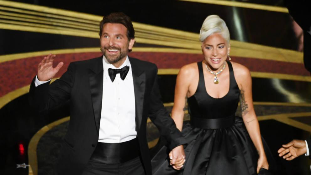 Hand in Hand: Bradley Cooper und Lady Gaga