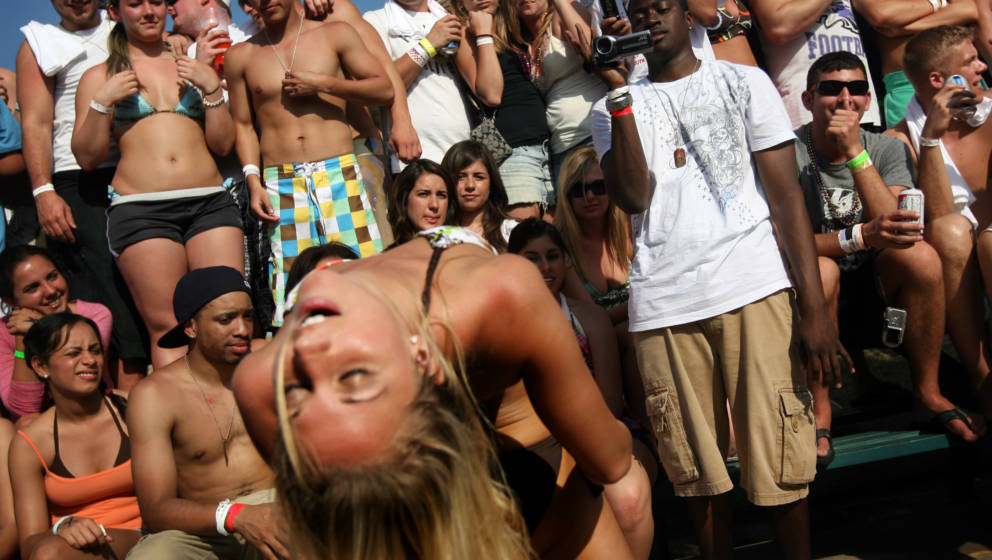 SOUTH PADRE ISLAND, TX - MARCH 26:  Students participate in a 'booty shaking' contest at the MTV Beach Bash party put on by G