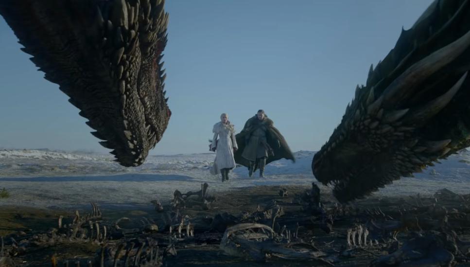 """""""Game of Thrones"""" startet bedrohlich: Drachen über Winterfell"""