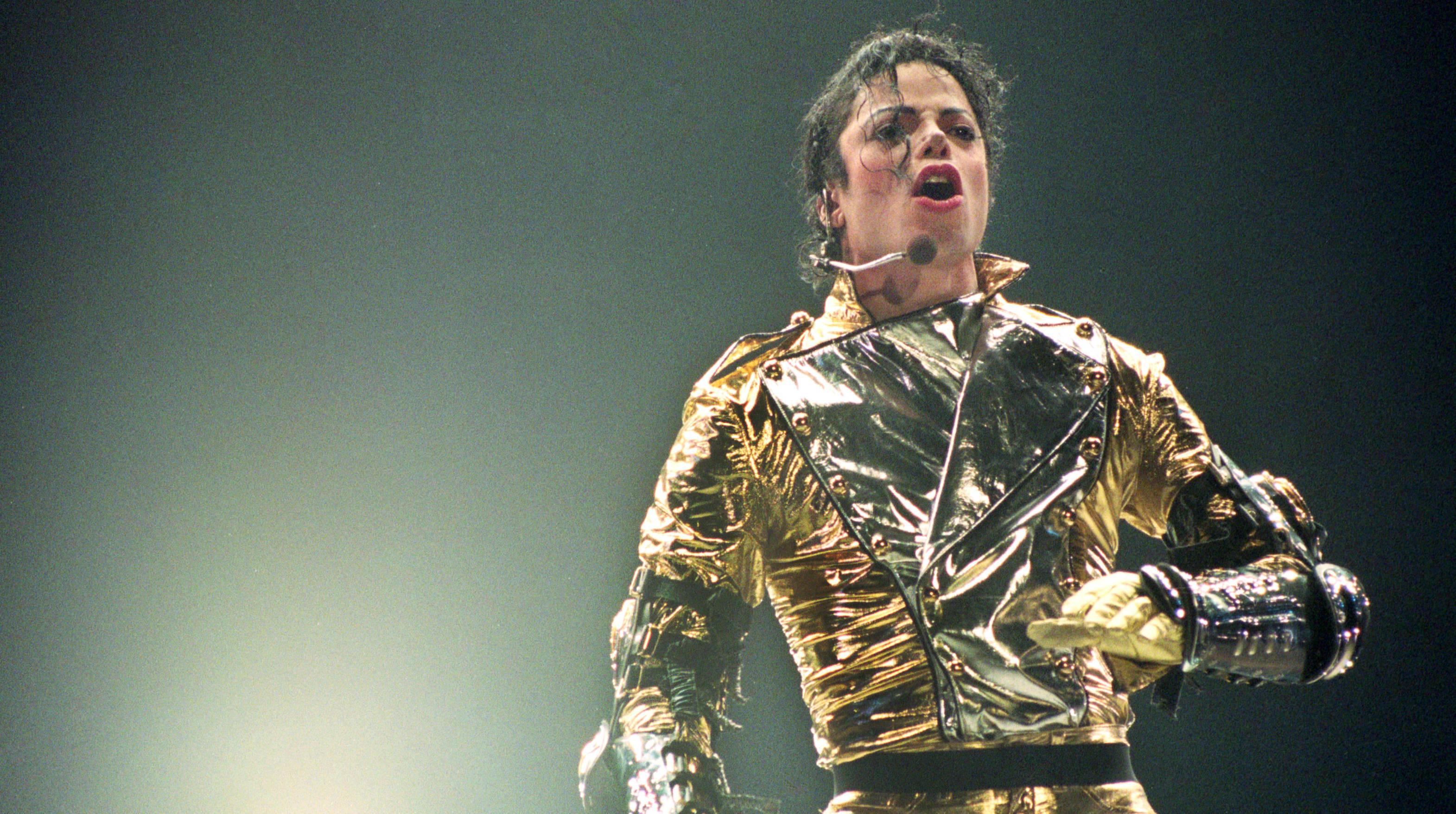 """Michael Jackson verschob seinen """"Earth Song"""" aus Angst vor East..."""