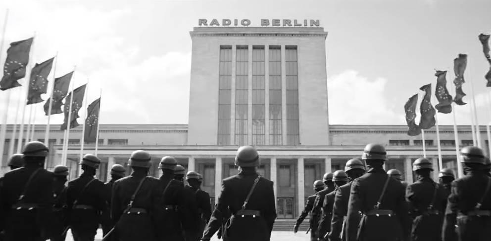 """Szene aus dem Musikvideo zum neuen Song """"Radio"""" von Rammstein"""
