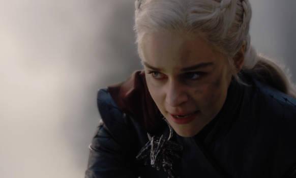 Daenerys Targaryen (Emilia Clarke) lässt ihren Drachen auf Königsmund los