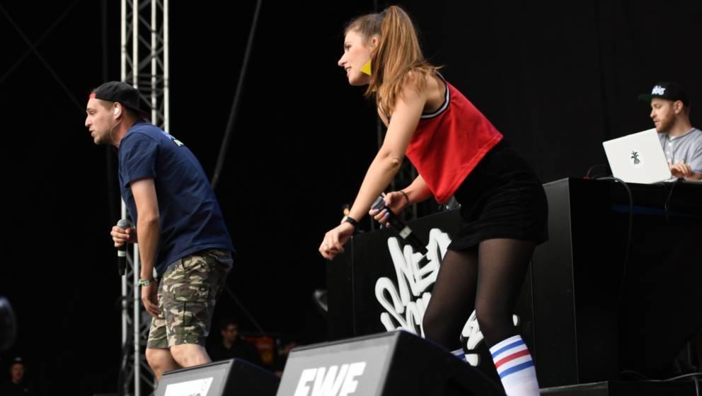 Neonschwarz live beim Hurricane Festival 2019