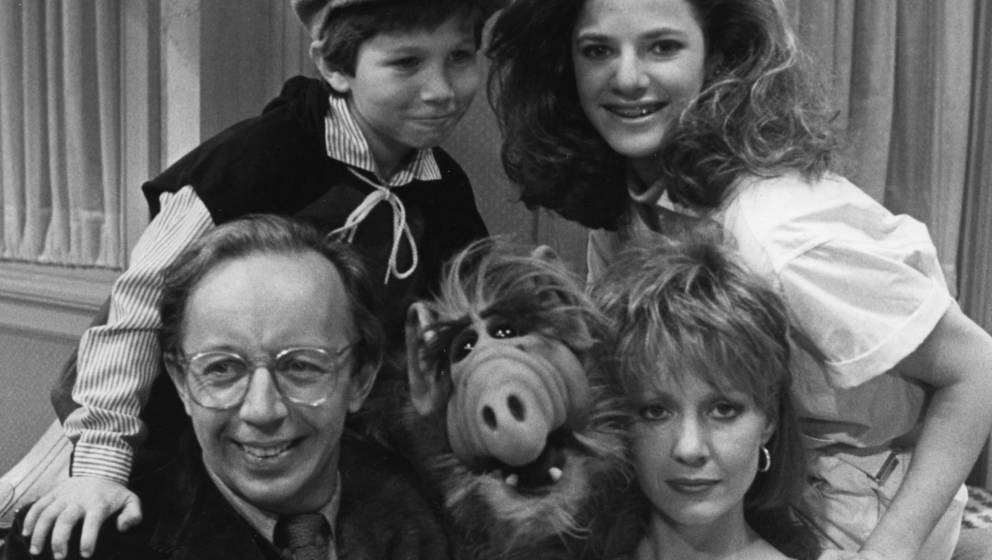 (L-R) Max Wright, Benji Gregory, Andrea Elson, and Anne Shedeen with ALF aka Alien Life Form in still from the TV show 'ALF'