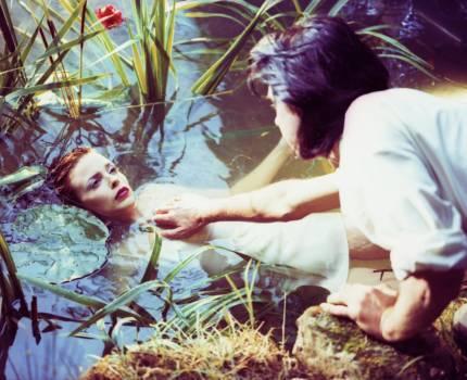 """Kylie Minogue und Nick Cave im Musikvideo zu """"Where The Wild Roses Grow"""""""
