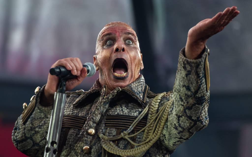 Till Lindemann hat nach Fisch-Würfen bei Konzerten Stress mit PETA