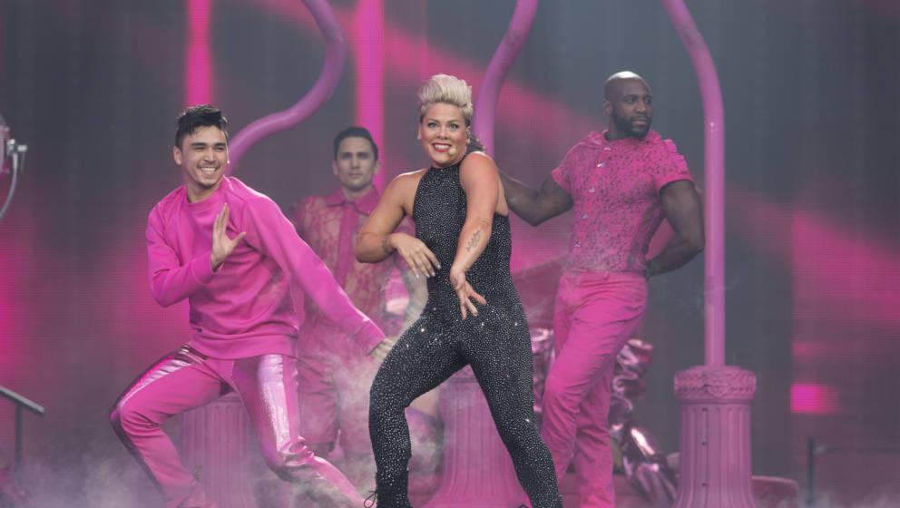 Pink bei ihrem Konzert in Köln