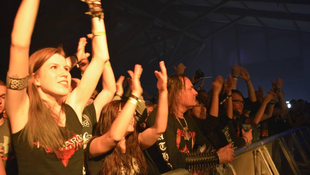 Tipps + Hilfe: Wie man als DIY-Band eine Tournee organisiert