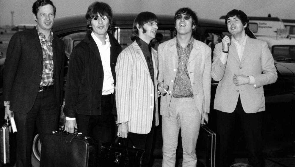 UNITED KINGDOM - JULY 08:  Photo of BEATLES and Brian EPSTEIN; L-R. Brian Epstein, George Harrison, Ringo Starr, John Lennon,