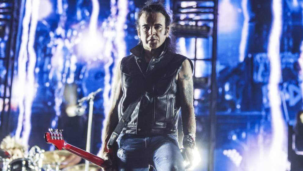 The-Cure-Bassist Simon Gallup